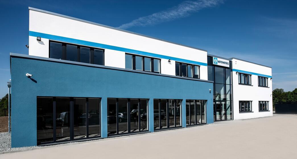 Neubau eines Verwaltungsgebäudes mit Lagerhalle