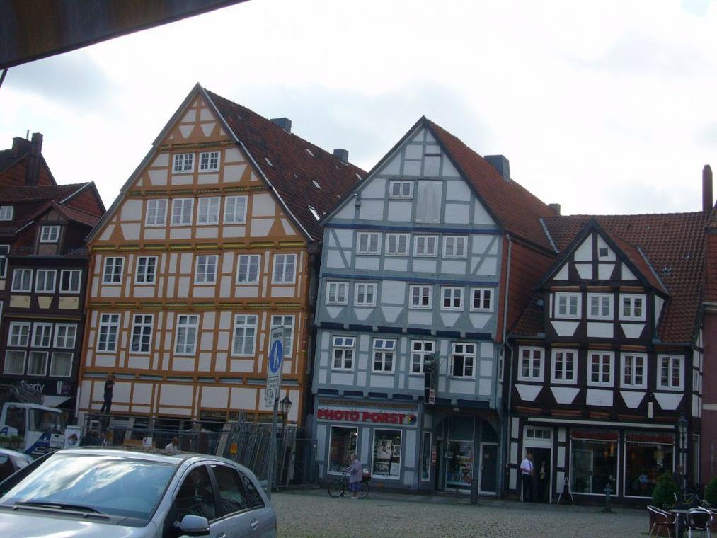 Umbau und Moderisierung eines Wohn- und Geschäftshauses